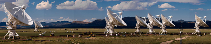 A wider view of the heart of the VLA. As the view extends outward, the scale starts to become apparent. 